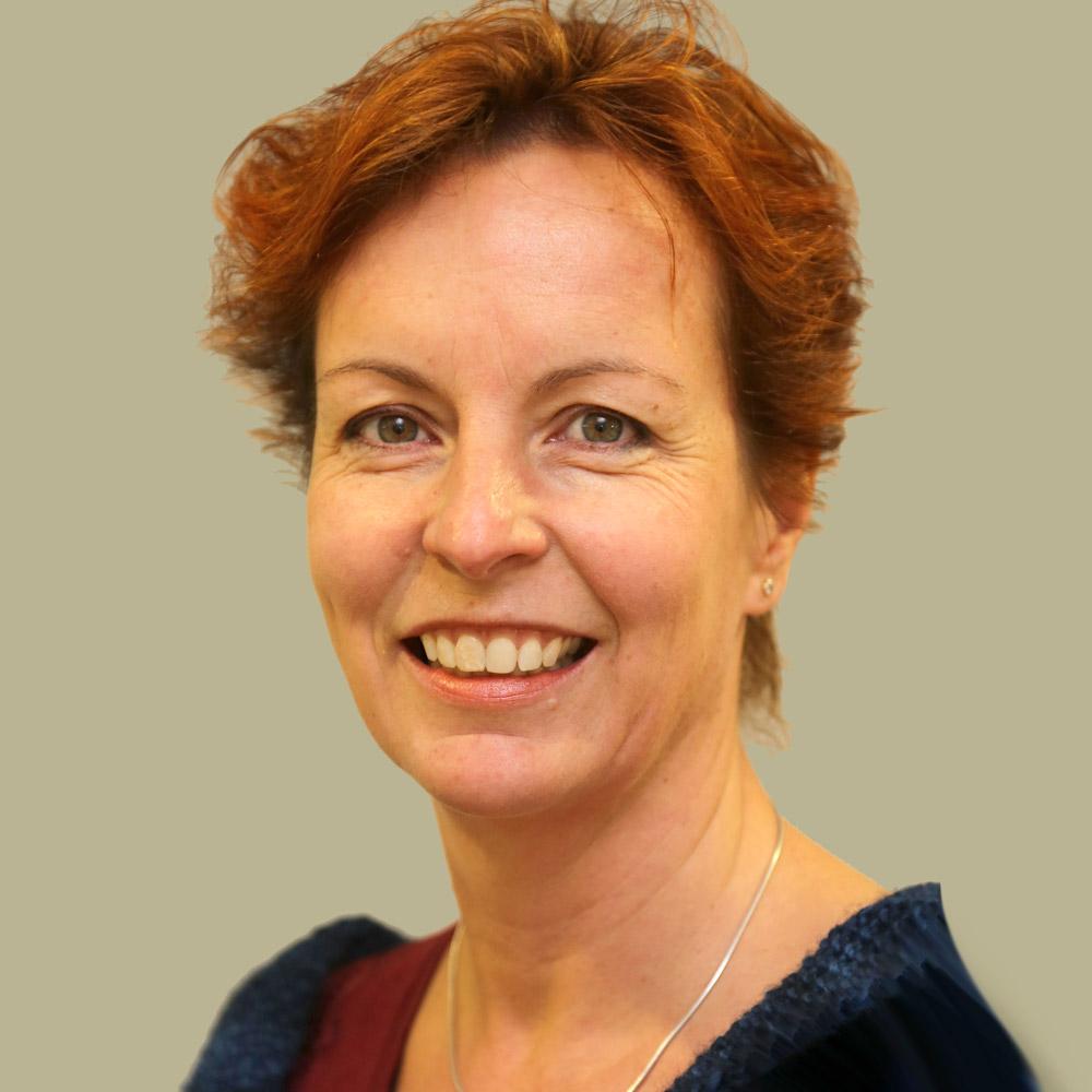 Prof Monika Schmid